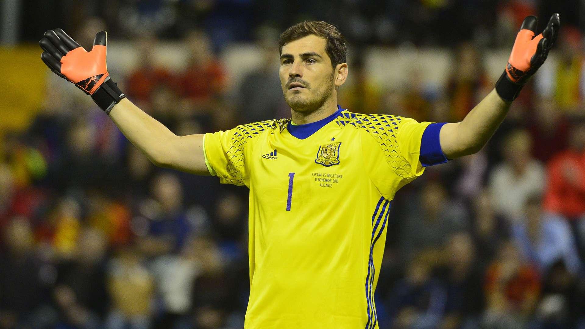 Spain goalkeeper Iker Casillas suffers heart attack ...   Iker Casillas
