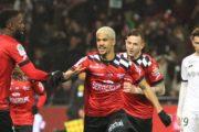 Le FC Nantes vise un milieu de terrain