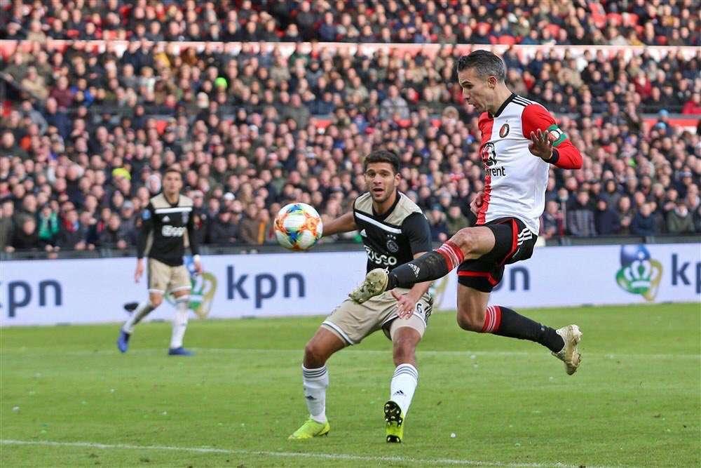 Feyenoord : Van Persie va intégrer le staff technique