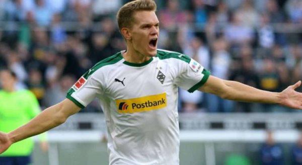 Liverpool active une piste en Allemagne pour renforcer sa défense