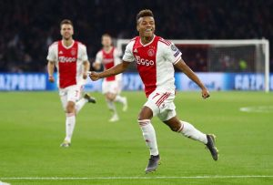 Arsenal-Manchester United : ça bouge pour David Neres