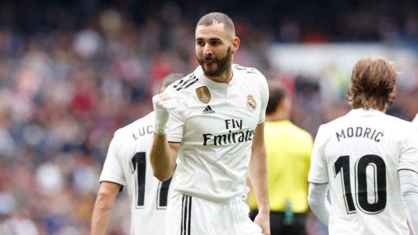 Real Madrid : Benzema voit triple