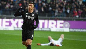 Le Real Madrid a fait une première offre pour Luka Jovic !