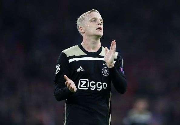 Ajax : Van de Beek a fait son choix pour cet hiver