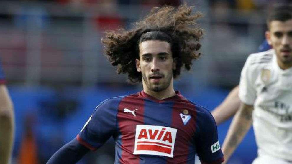 Le Barça va récupérer Cucurella !