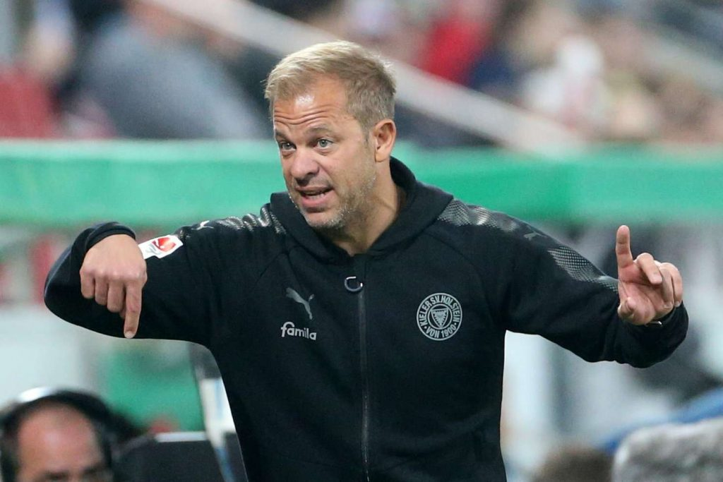 Officiel : Le leader de Bundesliga 2 vire son coach