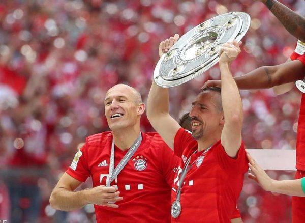 Une touche en Italie pour Arjen Robben