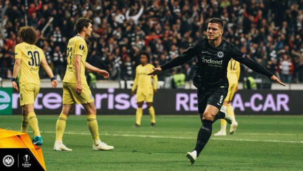 Jovic vers le Bayern ? L'Eintracht songe à Mariano pour le remplacer