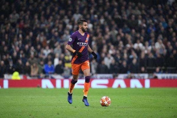 Manchester City : Riyad Mahrez met fin aux rumeurs