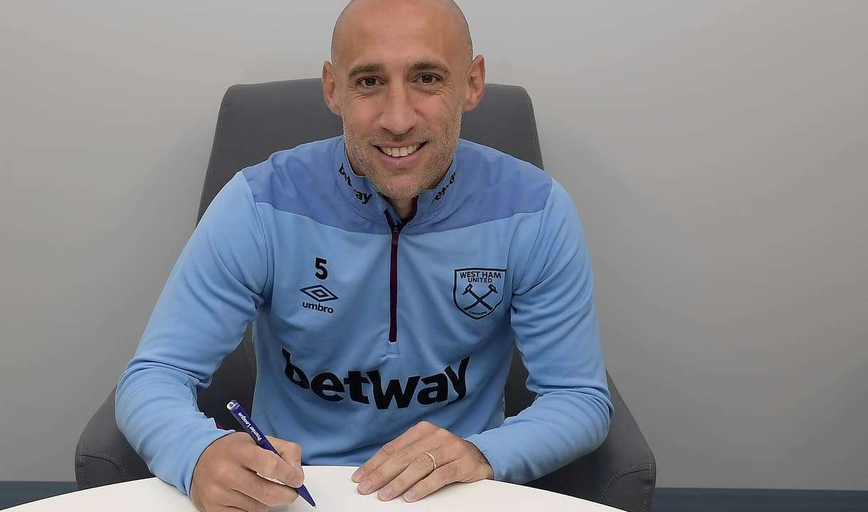 Officiel : West Ham prolonge Zabaleta