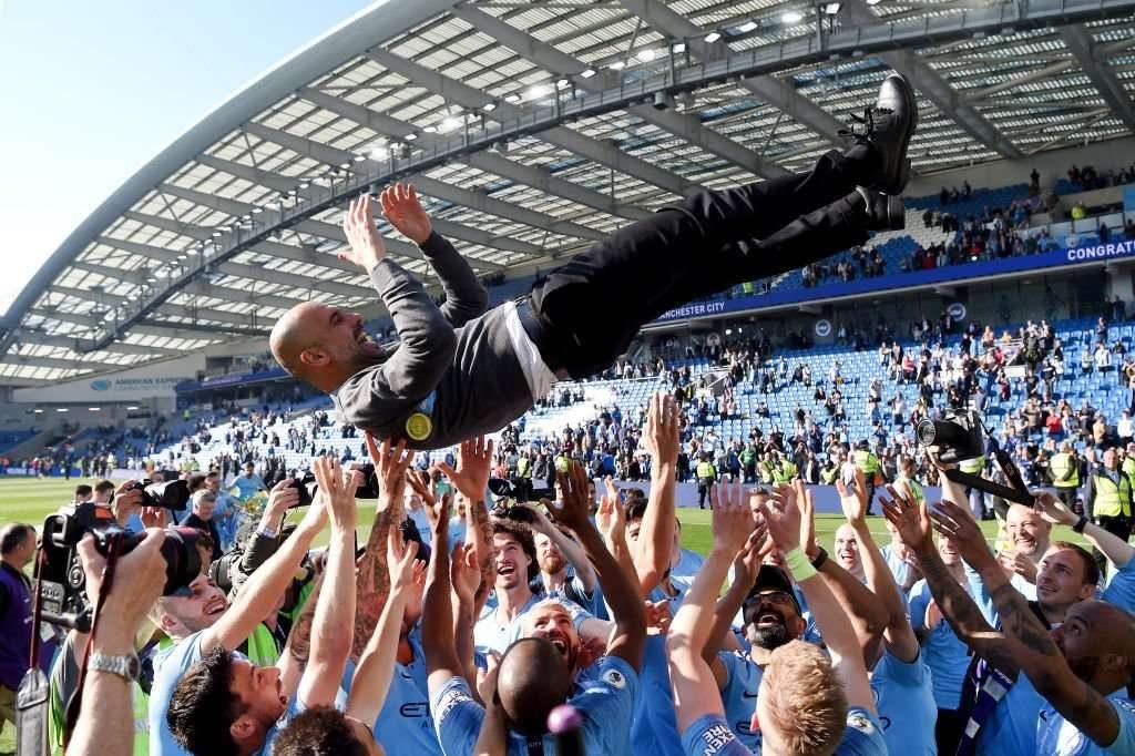Premier League : Pep Guardiola nommé entraîneur de l'année