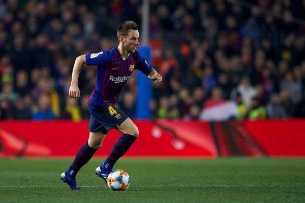 FC Barcelone : le départ d'Ivan Rakitic repoussé ?