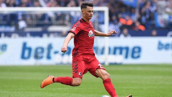 Naples se penche sur un défenseur allemand