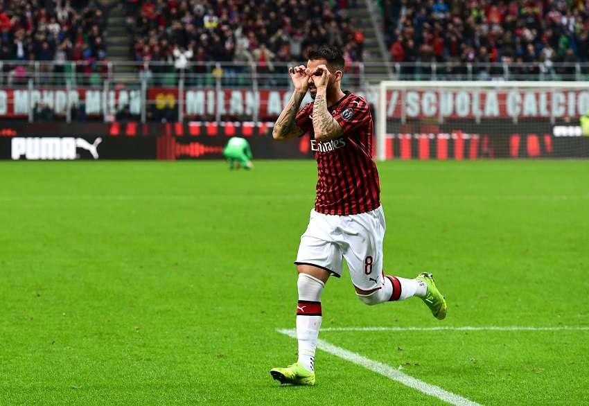 AC Milan : Suso intéresse bien l'OL