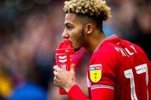 Liverpool se positionne sur un jeune latéral anglais