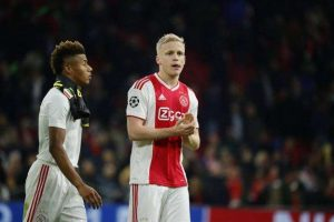Ajax : Van de Beek courtisé également en Allemagne