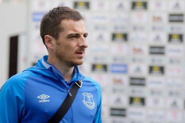 Officiel : Leighton Baines prolonge à Everton