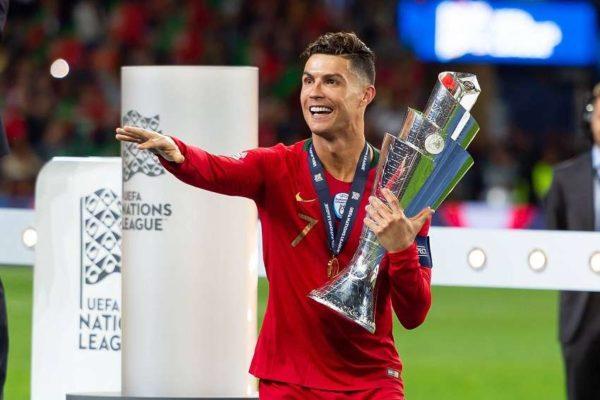 Cristiano Ronaldo joue les VRP pour de Ligt
