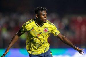 Man Utd cible un buteur colombien