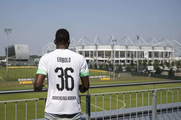 Officiel : Breel Embolo quitte Schalke 04