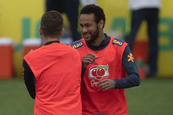 PSG : Leonardo parle de Trapp, Neymar et Gueye