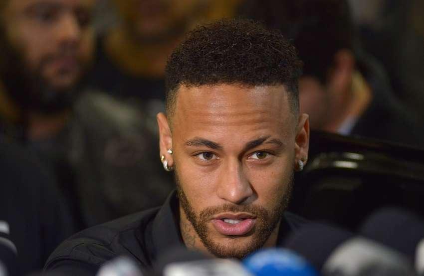 PSG : Neymar sèche la reprise, le club réagit via un communiqué
