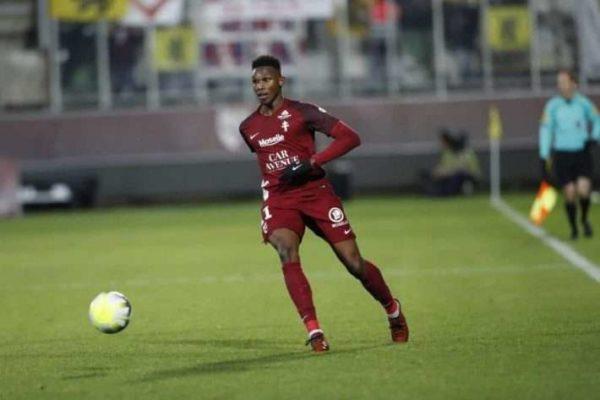Officiel : Opa Nguette rempile avec le FC Metz