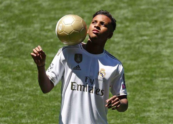 Real Madrid : Rodrygo Goes présenté
