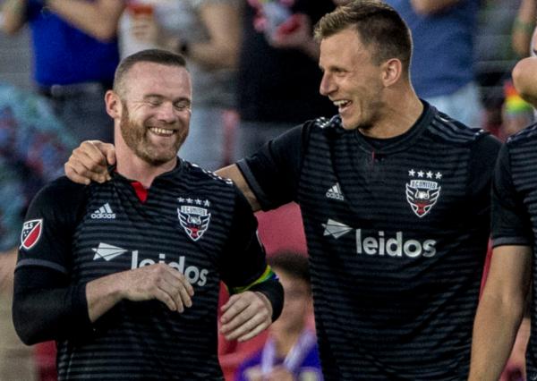 MLS : le but extraordinaire de Wayne Rooney