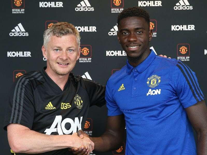 Officiel : Axel Tuanzebe prolonge également à Manchester United