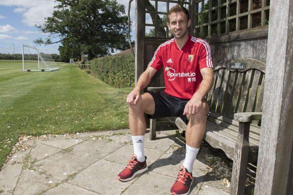Officiel : Watford recrute Craig Dawson