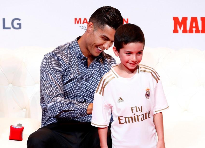 Real Madrid : Florentino Pérez veut récupérer Cristiano Ronaldo !