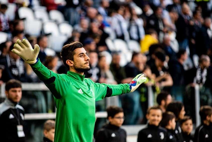 Benfica : le transfert de Perin reporté !