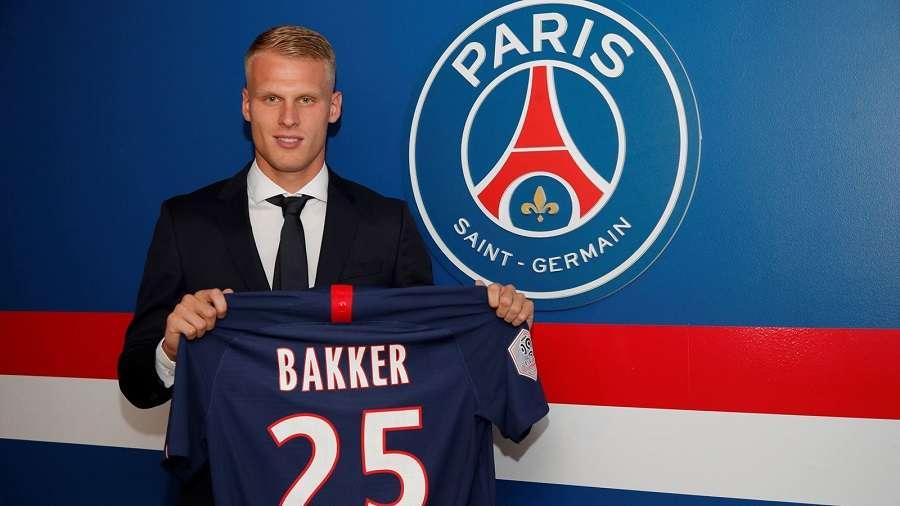 Officiel : Mitchel Bakker rejoint le PSG