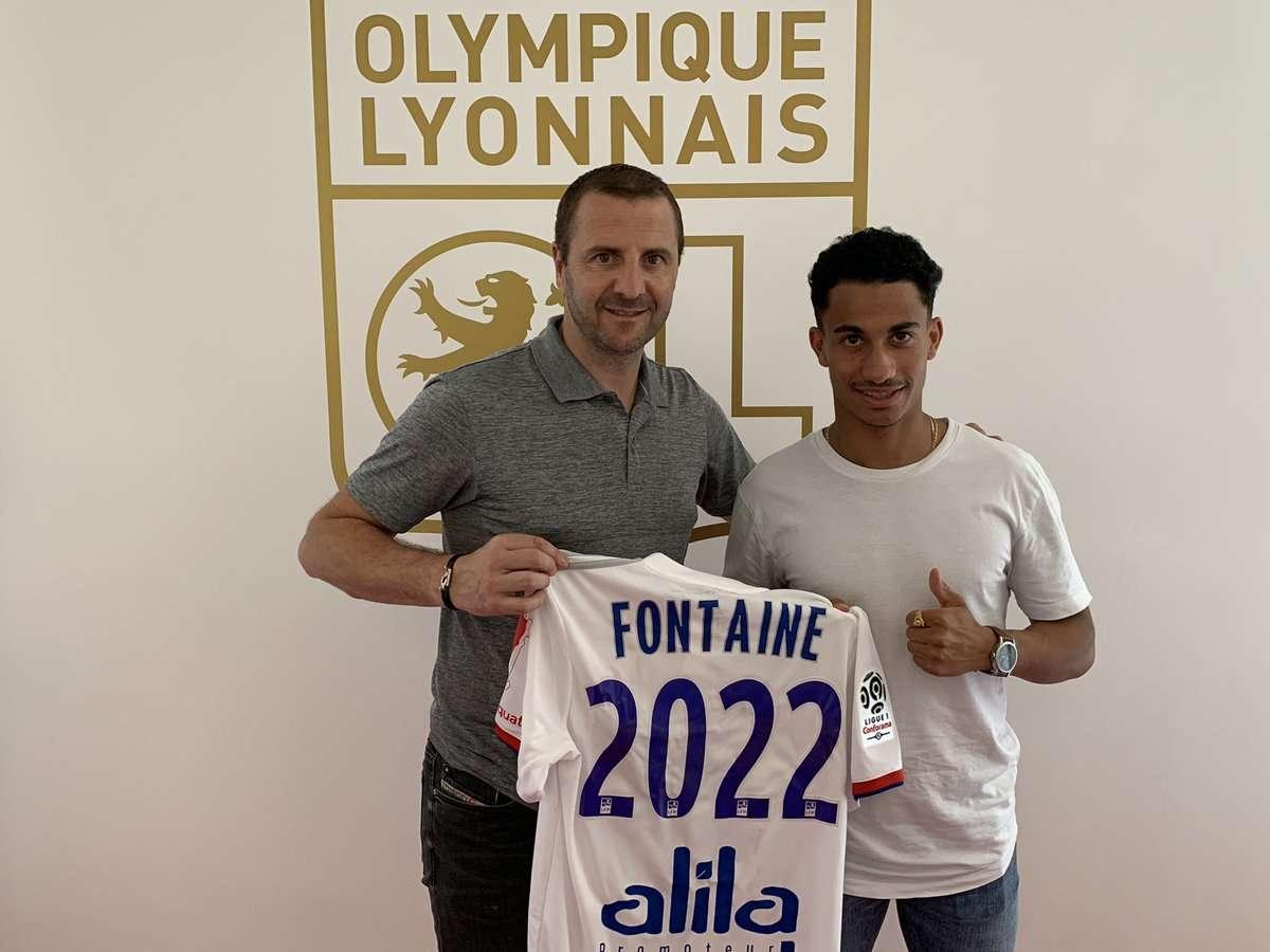Officiel : l'OL annonce la prolongation de Maxence Caqueret et le premier contrat pro de Nicolas Fontaine