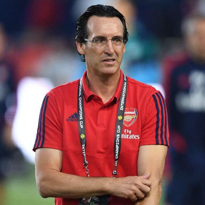 Arsenal : Unai Emery confirme à demi-mot le prochain départ de Koscielny