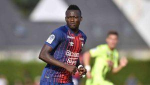 Un duel FC Nantes-Angers pour un attaquant de Ligue 2