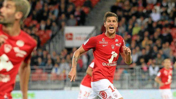 Stade Brestois : Weber vers la sortie ?