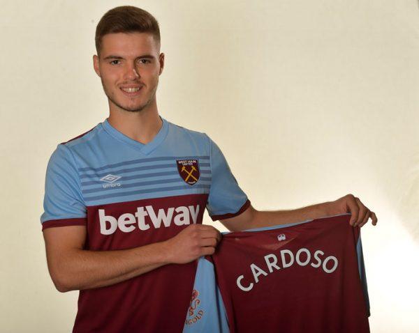 Officiel : West Ham fait signer un jeune défenseur portugais