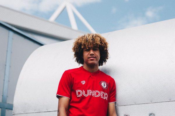Officiel : le jeune Han-Noah Massengo file à l'anglaise