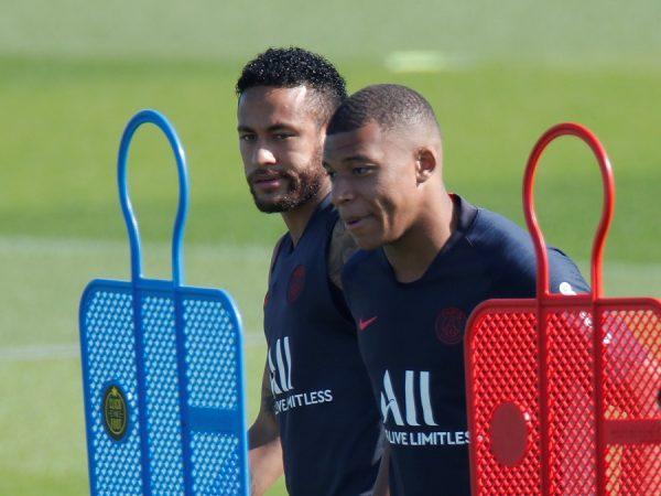 Le PSG va traiter les cas Neymar et Mbappé différemment