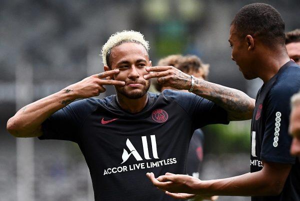 Le PSG réclame 200M€ pour Neymar mais…