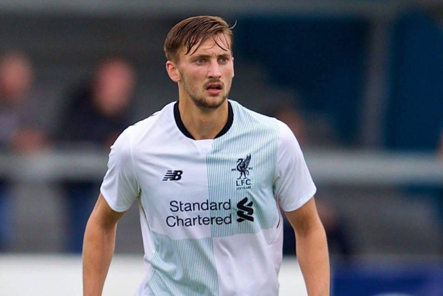 Officiel : Liverpool prête Nathaniel Phillips
