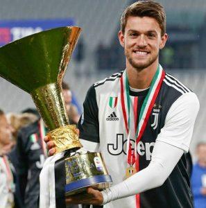 Liverpool : un international italien pour renforcer la défense ?