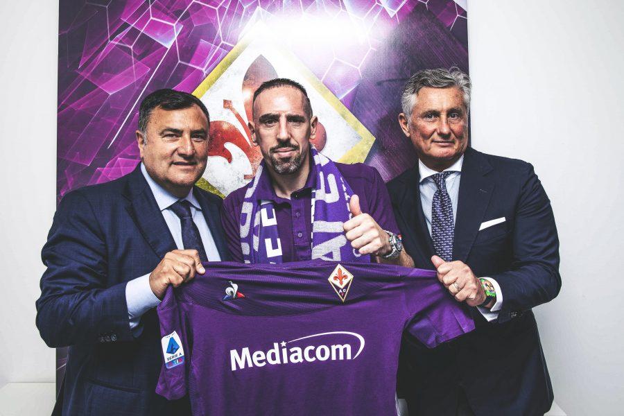 Officiel : Franck Ribery signe à la Fio