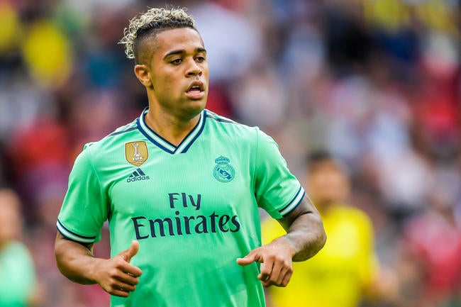 Real Madrid : Mariano et James vont finalement rester