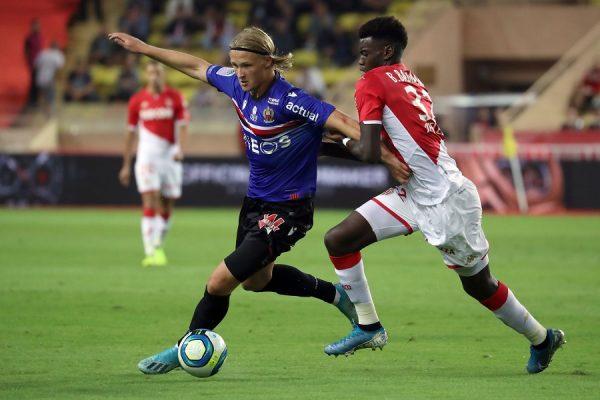 Monaco : deux clubs espagnols sur Benoît Badiashile