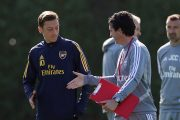 Arsenal : un club turc veut relancer Mesut Ozil