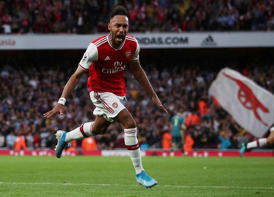 Arsenal : un attaquant vers le FC Barcelone ?