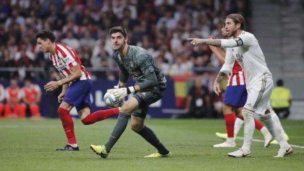 Real Madrid : Thibaut Courtois écarte les critiques d'un revers de main